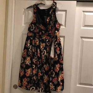 NWT Minnie Floral Dress